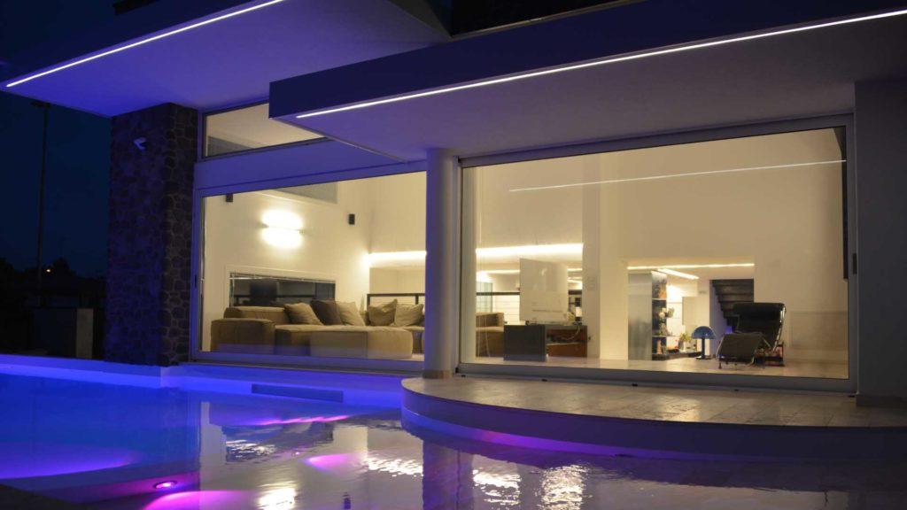 finestre panoramiche piscina